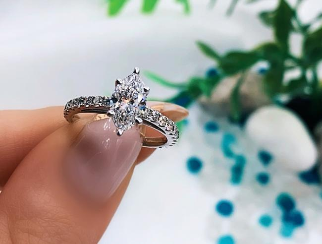 Item - White Gold Amazing 1.21ct. Marquise Cut Gia F/Si2 Engagement Ring