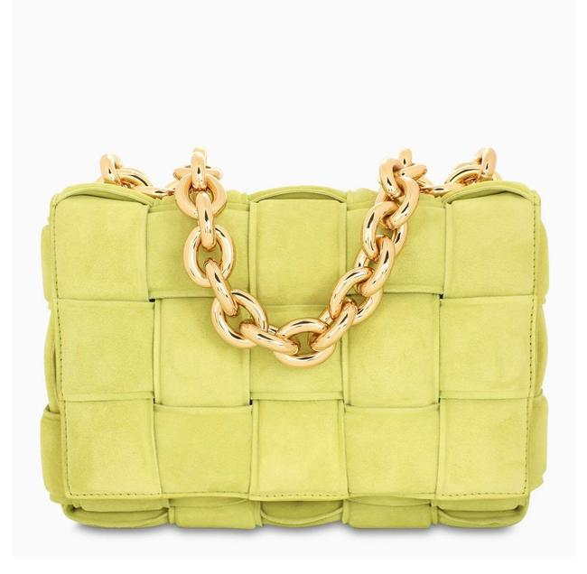 Item - Df Kiwi The Chain Cassette Yellow Lambskin Leather Shoulder Bag