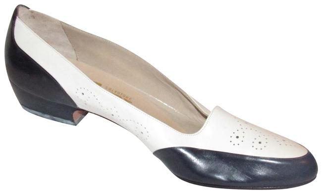 Item - Navy and White Leather Flats/Designer Flats Size US 7.5 Narrow (Aa, N)