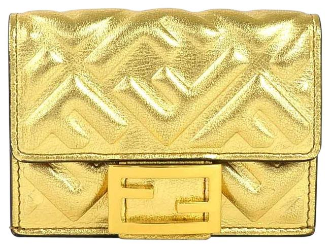 Item - Gold Tri-fold Mikro Trifold Leather Ladies Wallet