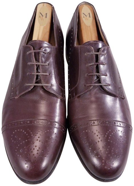 Item - Burgundy Men Captoe Oxfords E Formal Shoes Size US 9 Wide (C, D)