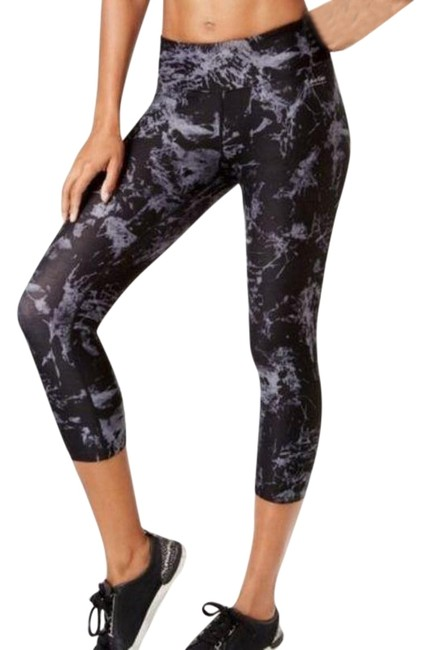 Item - Black Gray Marbled Ruched Capri Activewear Bottoms Size 4 (S, 27)