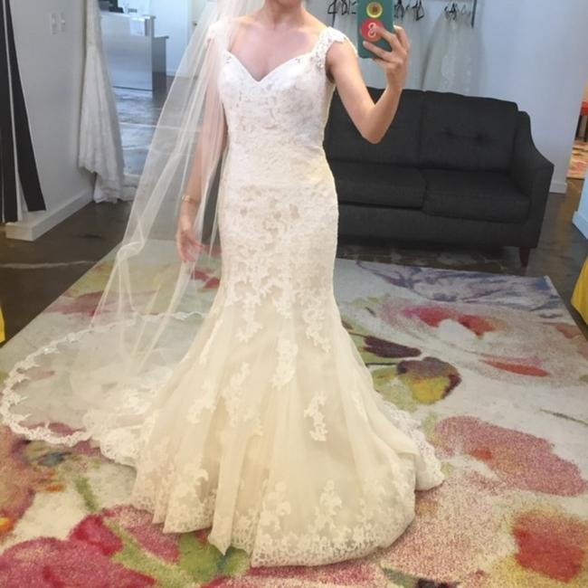 Justin Alexander Ivory Lace Alencon Fit and Flare Beaded Open Back Vintage Wedding Dress Size 4 (S) Justin Alexander Ivory Lace Alencon Fit and Flare Beaded Open Back Vintage Wedding Dress Size 4 (S) Image 1