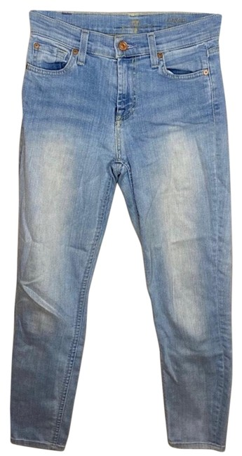 Item - Blue Light Wash Relaxed Fit Jeans Size 00 (XXS, 24)