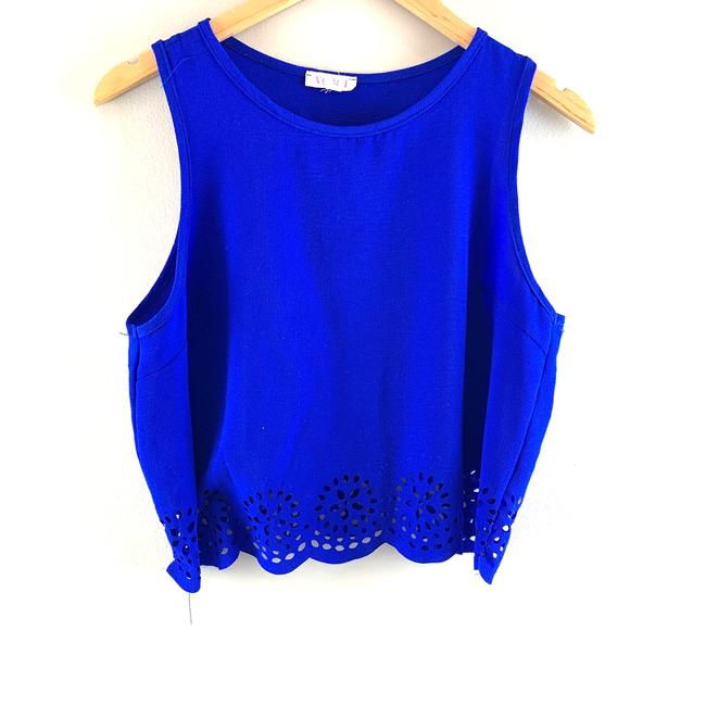 Item - Blue Eyelet Cutout Cropped Blouse Medium M Tank Top/Cami Size 8 (M)