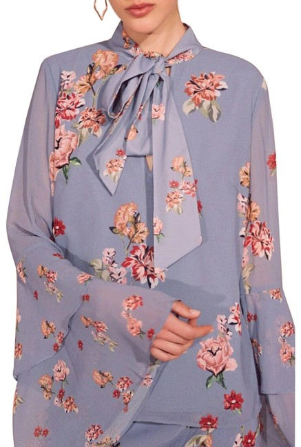 Item - XS Evolve Sash Tie Neck Floral Bell Sleeve Sheer Blouse Size 0 (XS)
