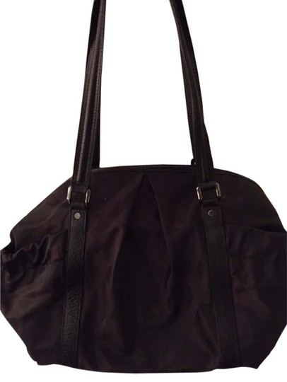 Preload https://item5.tradesy.com/images/burberry-tote-black-nylon-with-leather-straps-diaper-bag-2827069-0-0.jpg?width=440&height=440