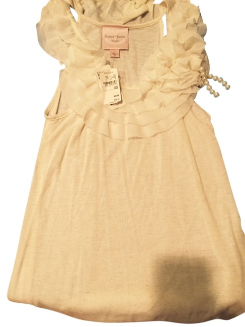 Romeo & Juliet Couture New With Tags Ruffles Pearl Detail Top white, ivory