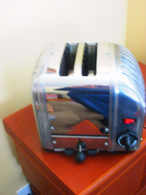 Item - Chrome Stainless Steel Classis Toaster Kitchen Electronics