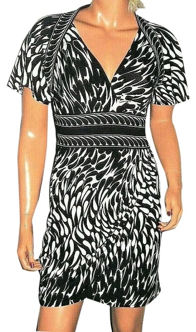 Item - Black/White XS Short Work/Office Dress Size 0 (XS)