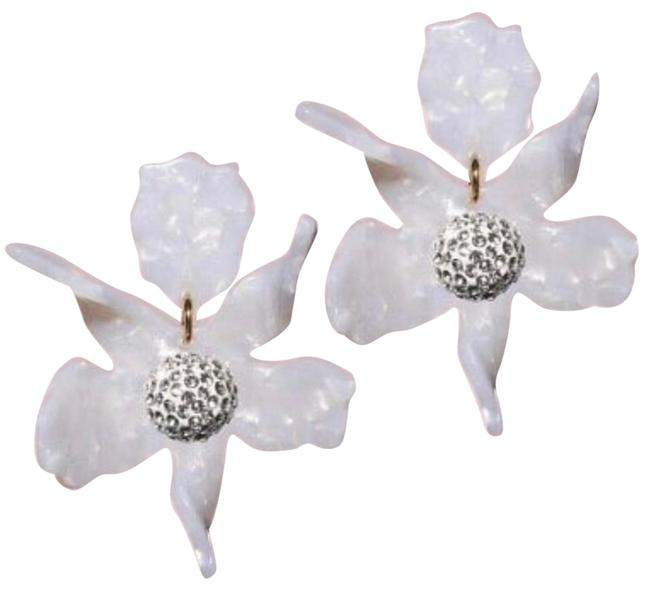 Item - White Small Paper Lily Mother Of Pearl Mop Earrings