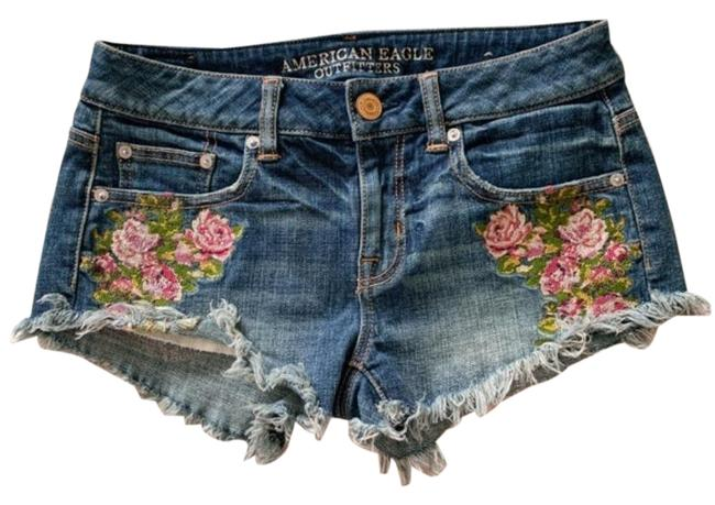 American Eagle Outfitters Blue Pink Floral Embroidered Jean Shorts Size 0 (XS, 25) American Eagle Outfitters Blue Pink Floral Embroidered Jean Shorts Size 0 (XS, 25) Image 1