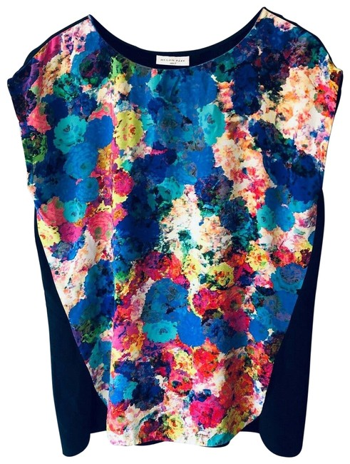 Item - Silk Medium Floral Print Short Sleeves Tunic Blouse Size 8 (M)