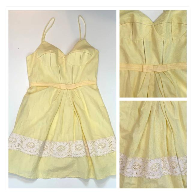 Item - Yellow L Sweetheart Lace Border Pleated Cocktail Dress Size 12 (L)