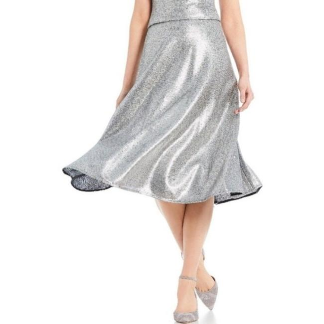 Item - Silver Sequin A-line Skirt Size 4 (S, 27)