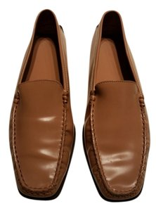 Tod's Camel Patent Flats