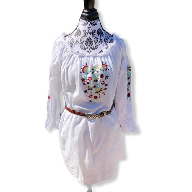 Item - White Los Angeles Embroidered Boho Short Casual Dress Size 10 (M)