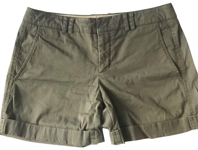 Item - Green Army Khaki Shorts Size 6 (S, 28)