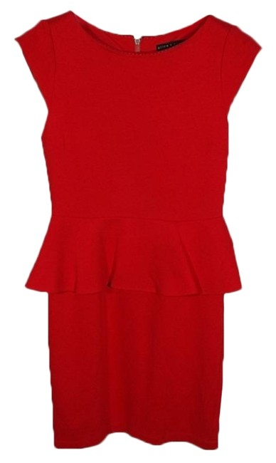 Item - Red Employed Victoria Peplum Mid-length Cocktail Dress Size 4 (S)