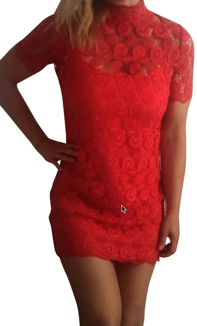 Item - Red Lace Short Casual Dress Size 6 (S)