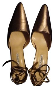 Manolo Blahnik Sexy Leather Metallic Pumps