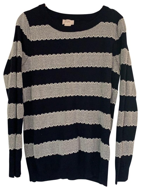 Item - Navy and Silver Sweater