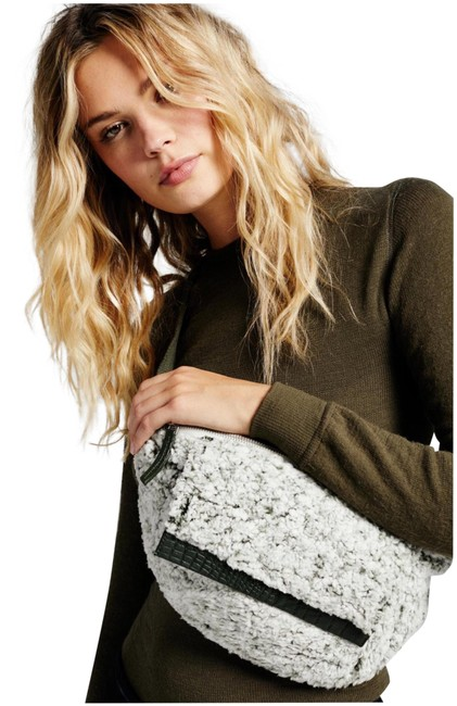 Item - Cozy Up Sling Fanny Pack Forest Green Faux Fur Cross Body Bag