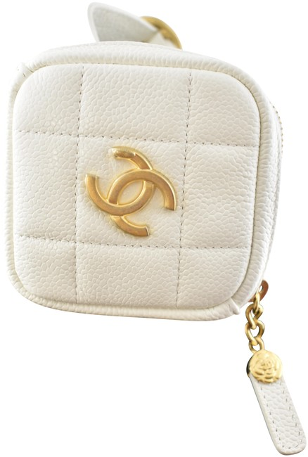 Item - 20k Diamond Caviar Quilted Gold Cc Logo Arm Band Ankle Bracelet White Calfskin Leather Wristlet
