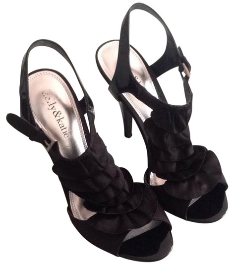 Preload https://item5.tradesy.com/images/kelly-and-katie-sandals-2829049-0-0.jpg?width=440&height=440