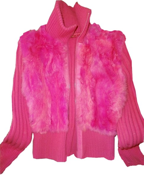 Preload https://item3.tradesy.com/images/pink-hot-cardigan-ribbed-zip-up-sweater-real-fur-size-12-l-2829262-0-0.jpg?width=400&height=650
