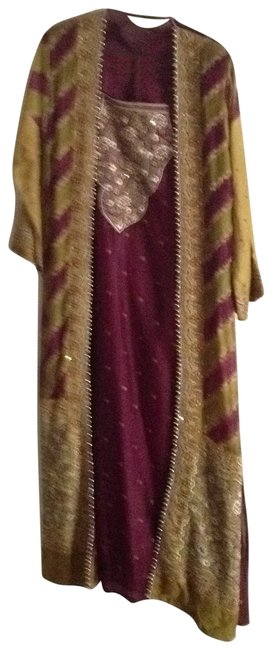 Preload https://item4.tradesy.com/images/maroon-and-gold-middle-eastern-wear-mid-length-formal-dress-size-8-m-28293-0-0.jpg?width=400&height=650