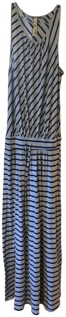 Item - Gray with Blue Stripes No Long Casual Maxi Dress Size 8 (M)