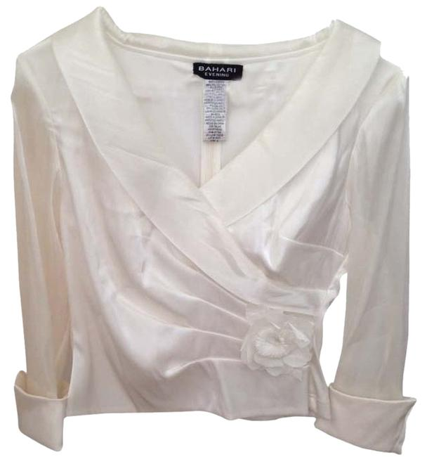 Item - White Flower Blouse Size 4 (S)