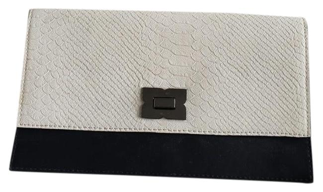 Item - Clutch White/Black Shoulder Combo with Shoulder Chain. Black and White Faux Leather Cross Body Bag