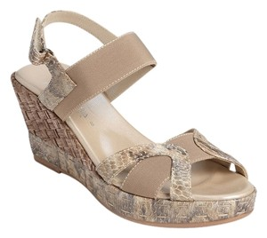 Aquatalia by Marvin K. Beige Sandals