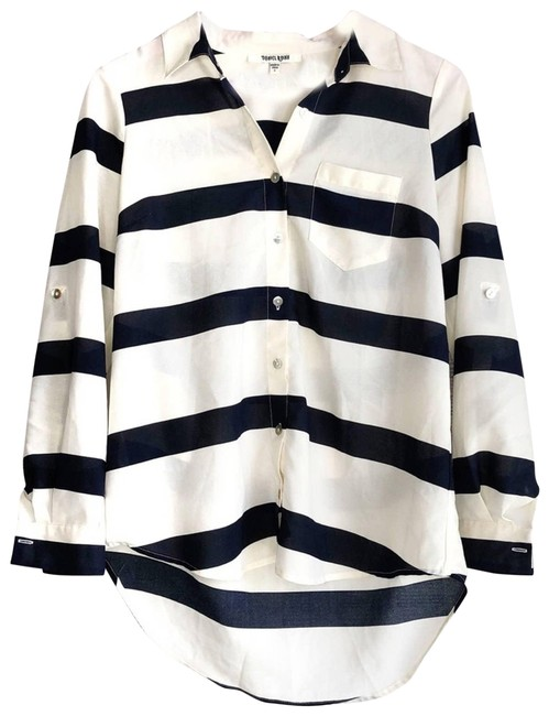 Item - White Striped Button-down Top Size 4 (S)
