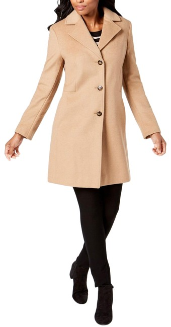 Item - Beige Single Breasted Coat Size 12 (L)
