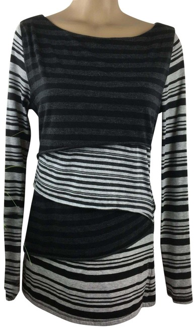 Item - Black & Gray Striped Layered Activewear Top Size 16 (XL, Plus 0x)