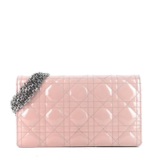 Item - Wallet on Chain Pouch Pink Patent Leather Cross Body Bag