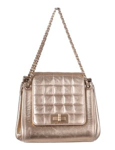 Item - Classic 2.55 Reissue Mini Ghw Quilted Chain Flap Purse Gold Leather Shoulder Bag