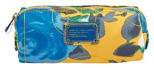 Marc by Marc Jacobs Marc Jacobs Jerrie Rose Cosmetic Pouch (40876)