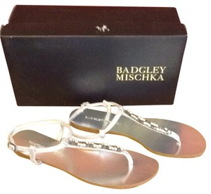 Badgley Mischka 7 Silver Sandals