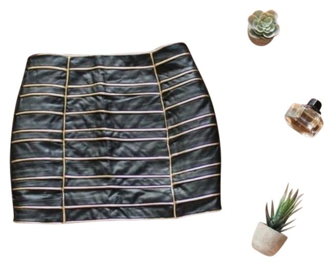 Item - Black Gold Faux Leather Skirt Size 4 (S, 27)