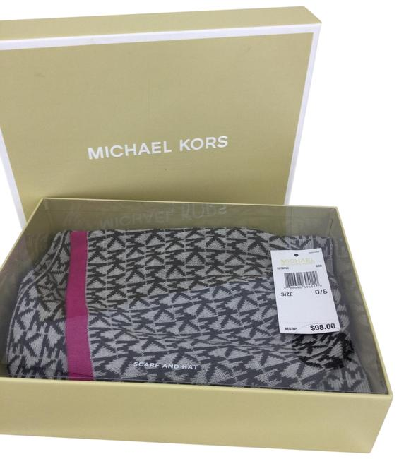 Item - Black/Gray/Pink Box And Hat Gift Scarf/Wrap