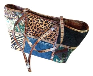 Clever Carriage Company Shoulder Bag