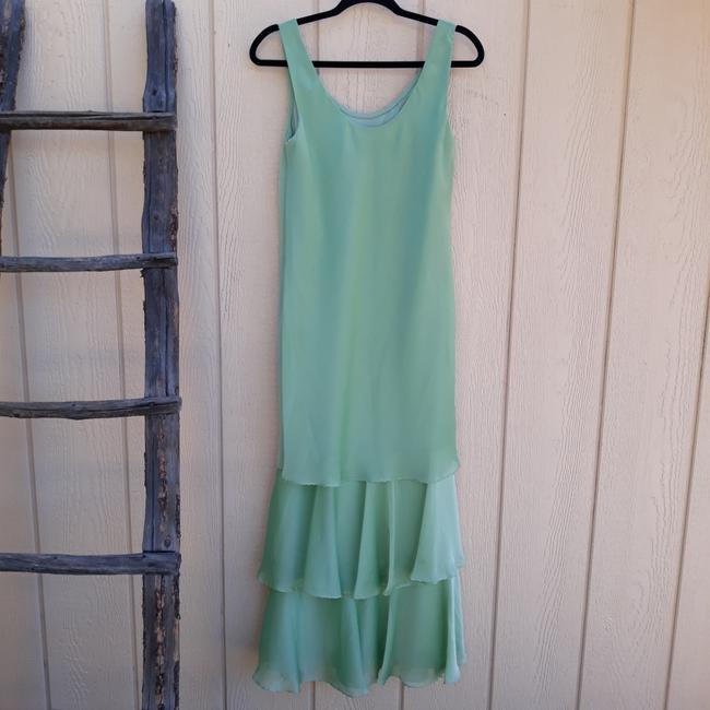 Item - Green Cp2901 Mid-length Formal Dress Size 8 (M)