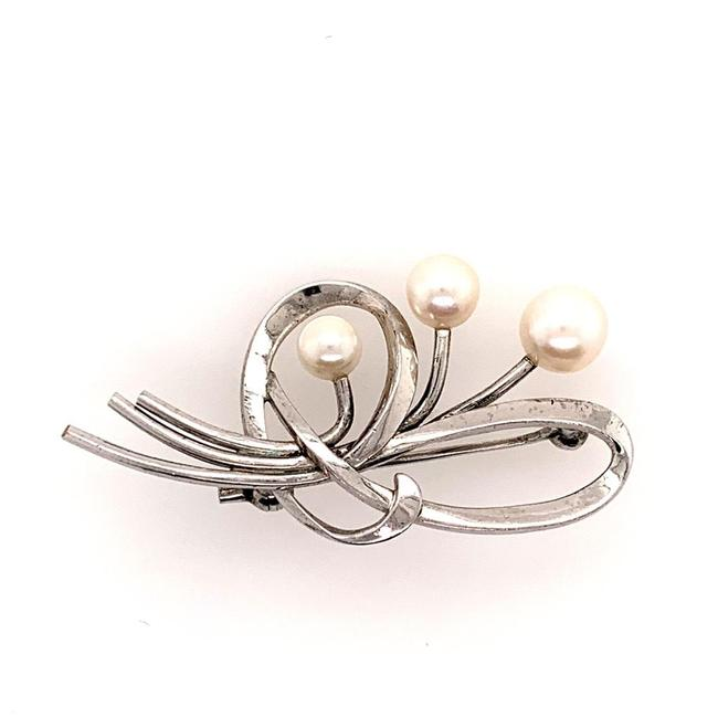 Item - White Pin Brooch Sterling Silver 4.46 Gr 6.31 Mm Pearls M141