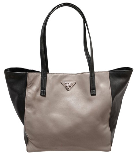 Prada Argilla Nero Soft Calf Leather Shopping Shopping Handbag Purses Tote in Gray/Black