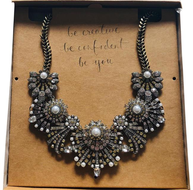 Item - Silver Discontinued Necklace