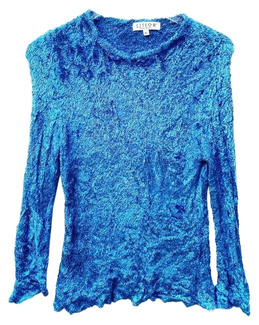 Item - Fuzzy Blue Sweater